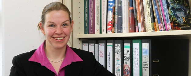 In September 2011, the Junior Professor at the Department of English and Linguistics at JGU published her book about American novels that deal with the attacks in some form or another. (photo: Stefan F. Sämmer)