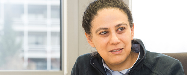 Professor Atoosa Meseck intends to develop gamma sources for experiments in nuclear physics. (photo: Peter Pulkowski)