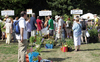 The plant bazaar offered rare plants … (photo: Stefan F. Sämmer)